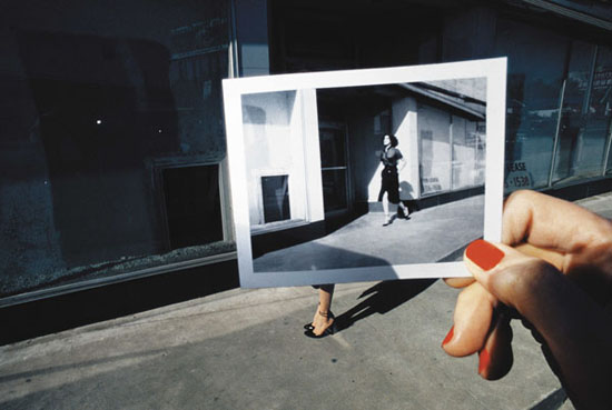 Photograhie de Guy Bourdin pour Charles Jourdan